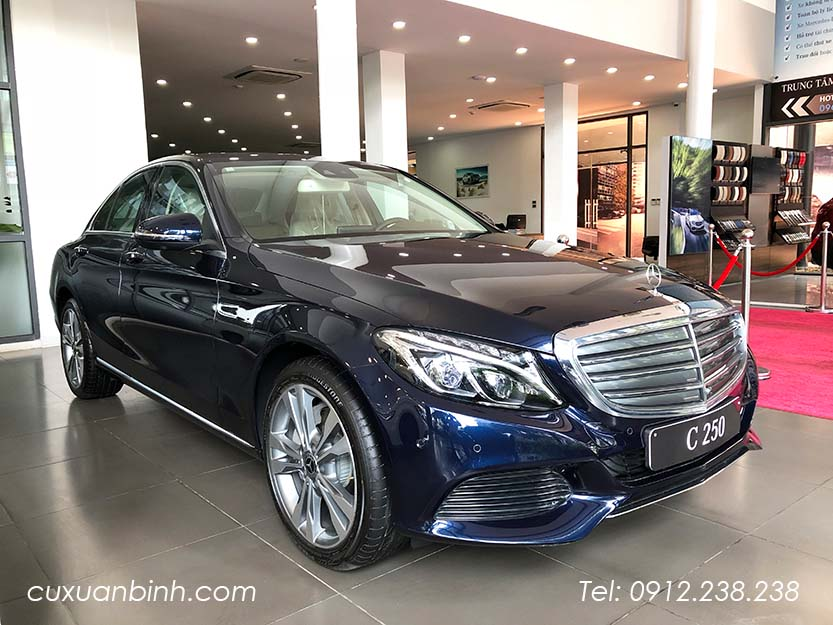 xe-mercedes-c250-exclusive-2018-xanh-noi-that-be-vang-1