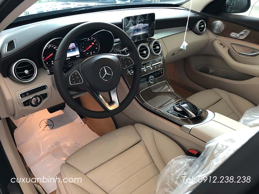 xe-mercedes-c250-exclusive-2018-xanh-noi-that-be-vang-11